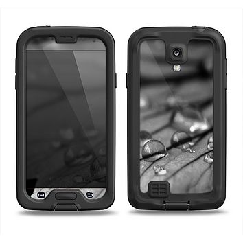 The Grayscale Watered Leaf Samsung Galaxy S4 LifeProof Nuud Case Skin Set