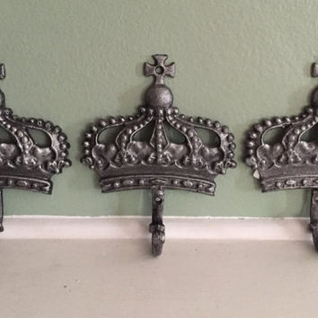 Cast Iron Metal Set 3 Crown Hat Coat Robe Bath Towel Wall Hook Home Decor King