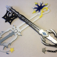 Kingdom hearts keyblades- Oblivion and Oathkeeper