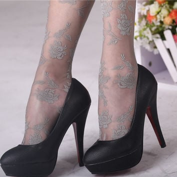 New Fashion Sexy Lace Tights Printed Rosy Knitted Flowers Women Stockings 3 Colors Velvet Sping Summer Autumn Pantyhose