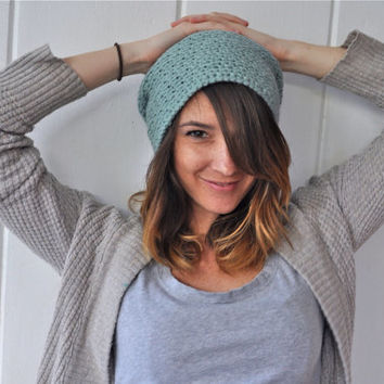 Textured slouchy crochet hat - robins egg blue