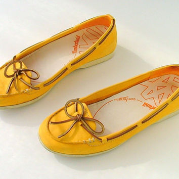 Shoes Loafers Moccasins Boat Shoes Flats / Leather /  Boho Folk / 80s Vintage Timberland / Size 8 / Euro 39