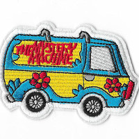 THE MYSTERY MACHINE IRON ON / SEW ON PATCH Embroidered Cartoon SCOOBY DOO PT115
