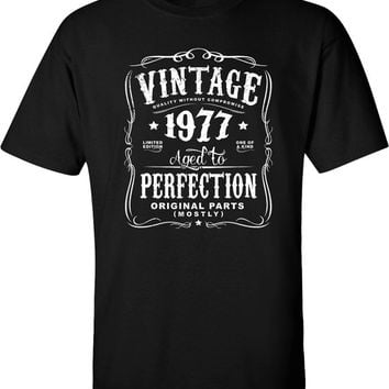 aa3411e4 40th Birthday Gift For Men and Women born in 2017 - Vintage 1977 Aged To  Perfection