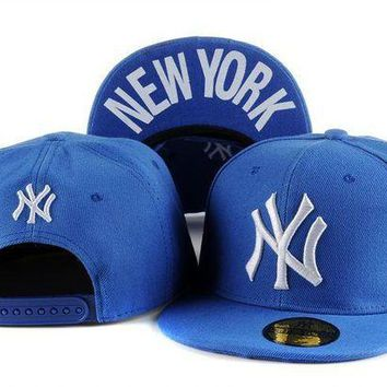 DCCKUN7 New York Yankees Cap Snapback Hat - Ready Stock