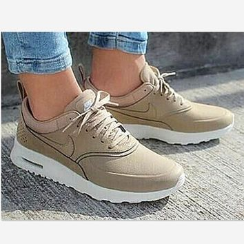 NIKE Women Men Running Sport Casual Shoes Sneakers Green Silver Golden