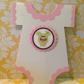 25 Onesuit Pink OWL Baby shower invitations, birth announcements