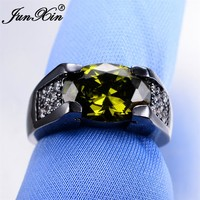 JUNXIN Gorgeous Male Peridot Oval Ring 2017 New Fashion Men Ring Black Gold Filled Jewelry Vintage Wedding Rings For Men