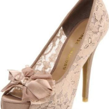 Chinese Laundry Women's Hotline Platform Pump