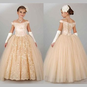 Vintage Champagne Pageant Dresses for Girls 2017 Off Shoulder Ball Gown Flower Girl Dresses for Weddings Lace Up Floor Length