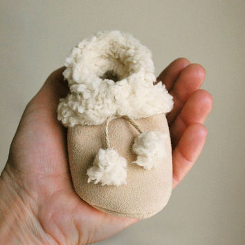 Baby Booties Faux Suede Shearling by babycricket on Etsy
