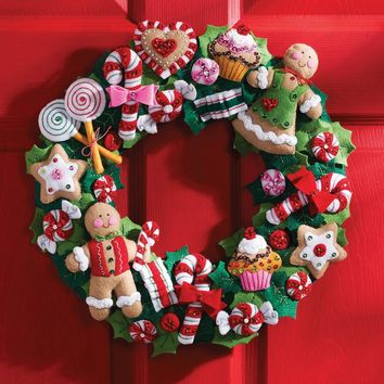 "Cookies & Candy Bucilla Felt Wreath Applique Kit 15"" Round"
