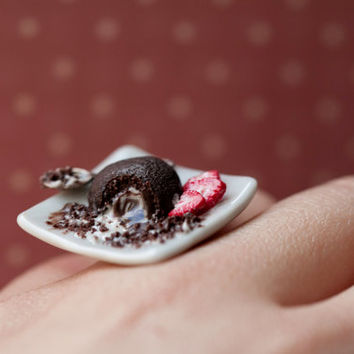 Chocolate Brownie / Miniature Lava cake Ring / Chocolate Ring / Dollhouse Miniature/Miniature food/ fake food jewelry / scented brownie ring