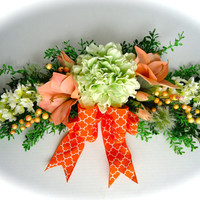Silk Floral Swag on Artificial Boxwood Base with Green Hydrangea and Peach Amaryllis Flowers