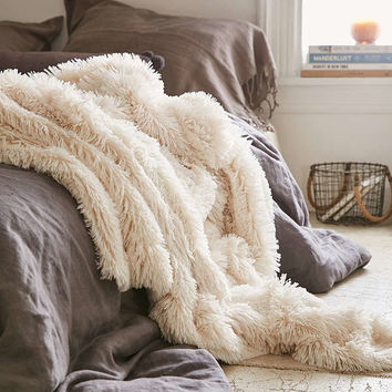 Plum & Bow Faux Fur Throw Blanket | Urban Outfitters