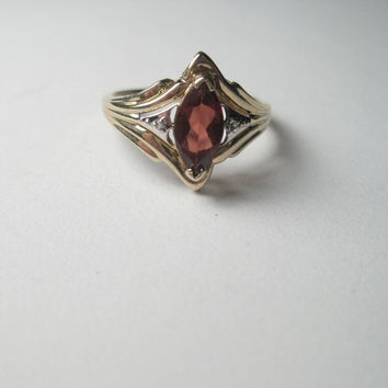 Vintage 10kt Gold Art Deco Style Marquis Garnet/Spinel/Ruby? Ring, size 7.5