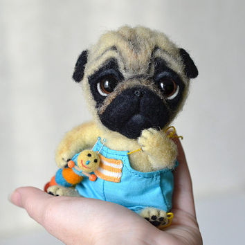Needle felted pug puppy. Little felt dog. Sweet animal. Funny toy. Birthday gift.