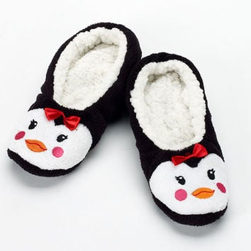 Ladies Capelli Penguin Slipper Socks