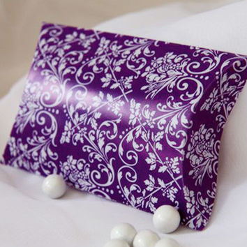 Damask Pillow Boxes Favors, 3-inch, 12-pack, Purple