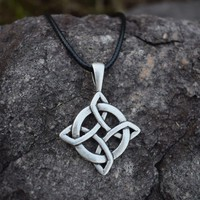 12pcs Celtic Knot Necklace Irish Celtic Round Pendant Necklace Sanlan Jewelry Birthday Gift