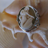 The Siren's Sting  Vintage Mermaid Cameo by TheRustyChandelier