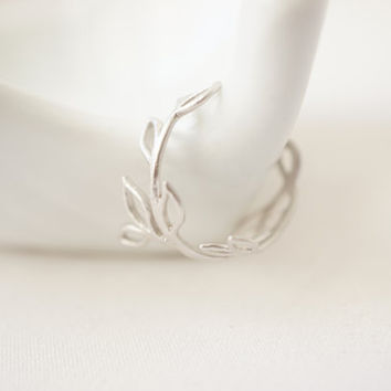 Little Twig Ring ( in silver )