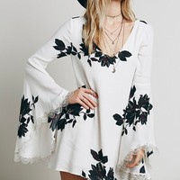 Angel Sleeve Floral Chiffon Cutout Dress