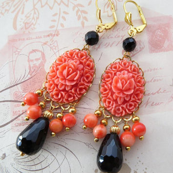 Coral chandelier earrings with carved cabochon, black onyx earrings, vintage style jewelry, gemstone jewellery, jewels Made in Italy