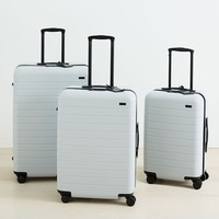 Away Suitcase Set Of 3 (194L Capacity) – Platinum