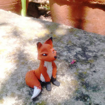 Red Fox Sculpture, Fairy Garden fox, OOAK Miniature Fox Figurine, Miniature Animal, Dollhouse Miniatures, Fairy Garden animals.