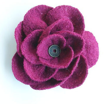 Raspberry brooch pin in wool and viscose fabric, handmade