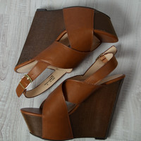 Talking To The Moon Wedge Sandal: Chestnut