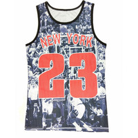 """New York 23"" Print Sleeveless Top"