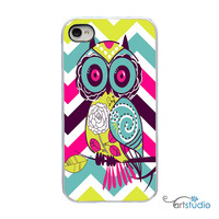 On Sale! Owl Zig Zag Chevron White or Black iPhone Case - IPhone 4, 4S, 5, 5S, 5C,6  Hard Cover - Fun Art iPhone Case Cover - artstudio54