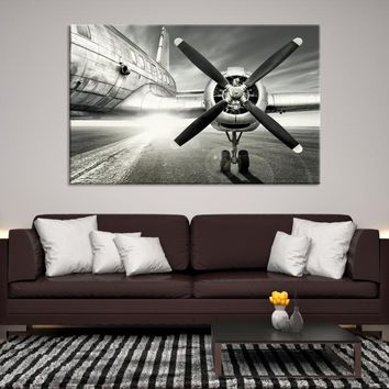 35309 - Black and White Head-on Shot of Airplane Propeller, Propeller Close-up Canvas Print, Extra Large Wall Art Canvas Print, Airplane Propeller Wall Art, Framed Wall Art, Interior Decor