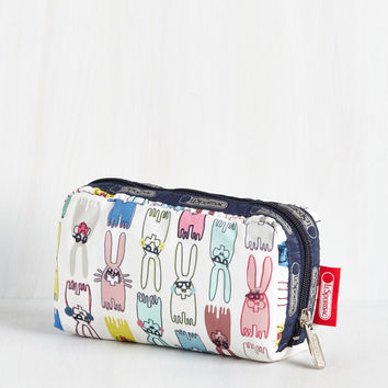 Hop of the Morning to Ya Makeup Case | Mod Retro Vintage Wallets | ModCloth.com