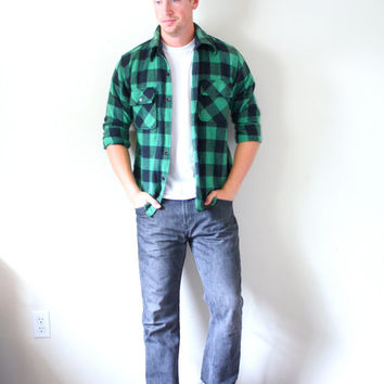 Vintage green checkered // Plaid thick wool // Long sleeve shirt // Flannel // mens flannel // medium mend flannel shirt // lumberjack shirt