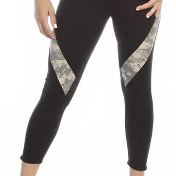Sexy Hi Lo Waist Universal Camo Pattern Combat Athletic Capri Pants - Black/Green