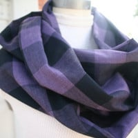 Infinity Scarf Plaid Scarf Purple / Black Cotton loop by PIYOYO