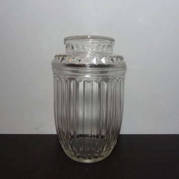 Vintage Anchor Hocking Rounded Ribbed Glass Apothecary/Storage Jar/Canister with Starburst Lid