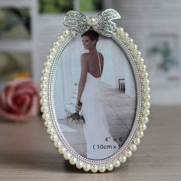 hot sale home table deco item metal alloy wedding photo frame picture frame with pearls
