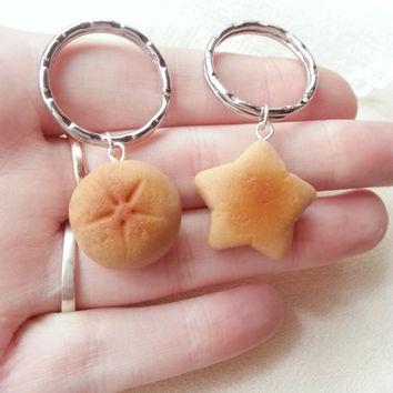 Round and star bun friendship keychain, cute BFF gift, bread necklace, food keychain food jewelry, kawaii charms