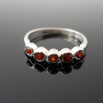 Sterling Silver Small Band 5 Genuine Garnet Ring Size 8 RINC 925