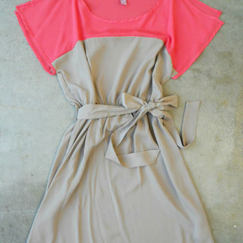 Coral & Taupe Colorblock Dress [3274] - $34.00 : Vintage Inspired Clothing & Affordable Fall Frocks, deloom | Modern. Vintage. Crafted.