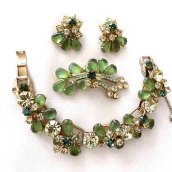 Juliana D&E Rhinestone Bracelet, Brooch and Earrings Parure Yellow Jonquil Peridot Green Jewelry Set Vintage