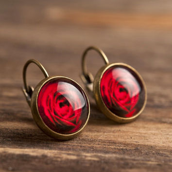 Red rose dangle earrings, floral earrings, red rose earrings, antique brass earrings, glass dome earrings, red flower earrings, jewelry gift