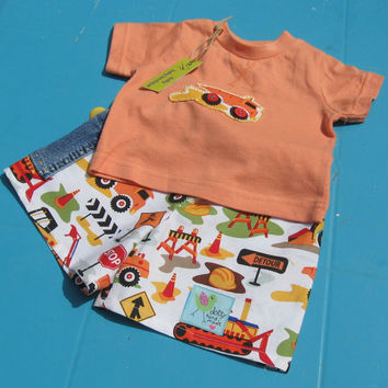 Baby Boy Shorts T shirt, 0-3 months,baby digger clothes, baby trucker clothes, baby bob the builder, baby truck t shirt, digger shorts