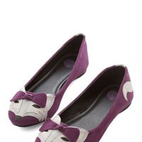 Quirky Clever so Sweet Flat in Grape