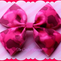 Hot Pink Camouflage ~ Boutique Hair Bow ~ Girls Hunting Bow ~ Summer Hair Bow ~ Pony Tail Bow ~ Big Hair Bow ~ Country Girl Bow ~ Camo Bow