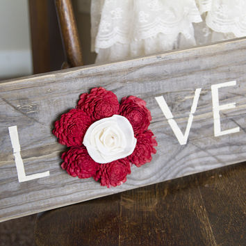 "Reclaimed Pallet Wood Sign - LOVE 18""X7"""